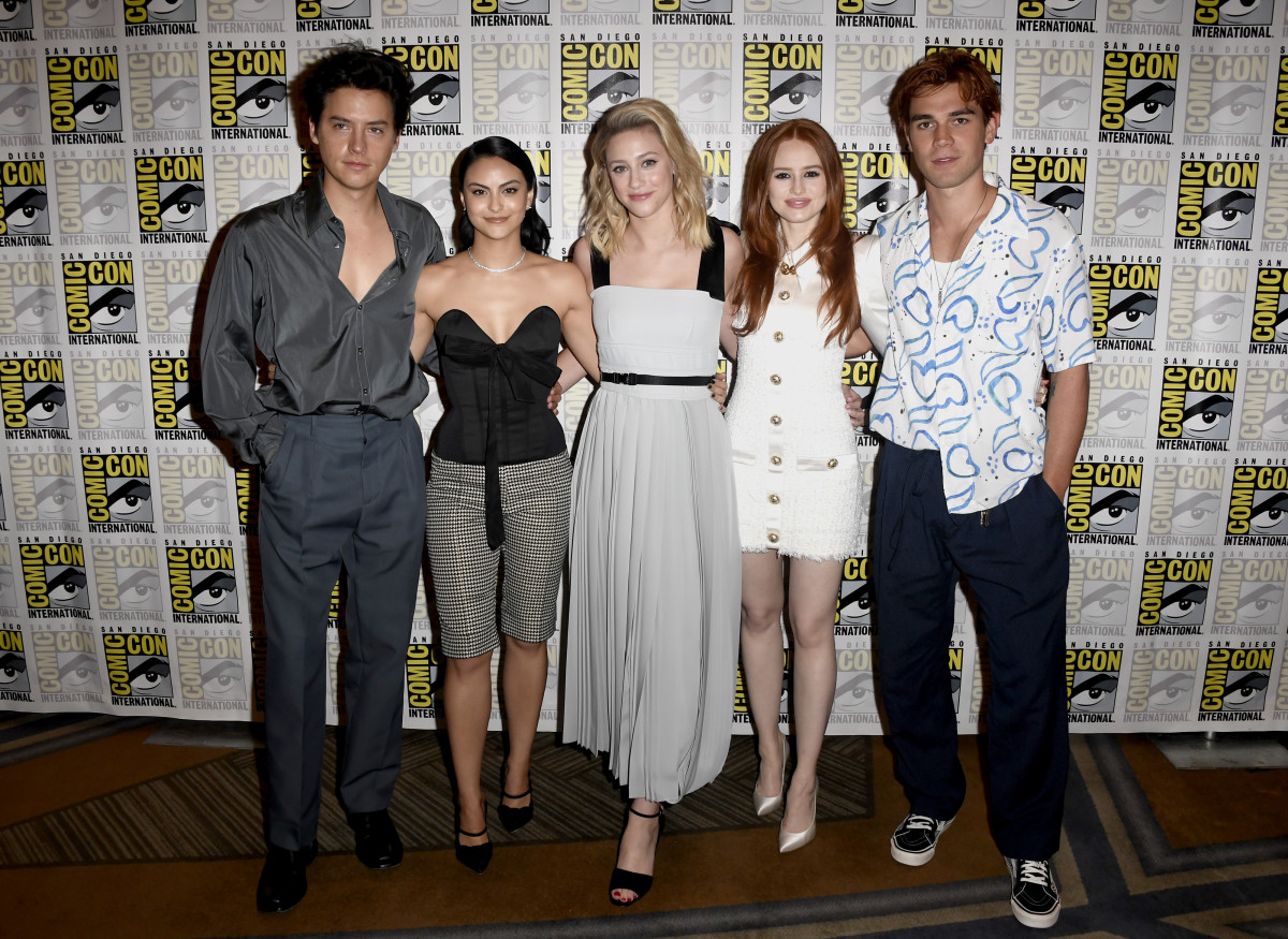 "Cole Sprouse, Camila Mendes, Lili Reinhart, Madelaine Petsch, and K.J. Apa at the ""Riverdale"" Photo Call during 2019 Comic-Con International in San Diego. Photo: Frazer Harrison/Getty Images"