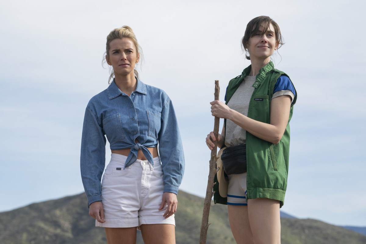 Debbie's super chic camping 'fit and Ruth's very utilitarian one. Photo:Ali Goldstein/Courtesy of Netflix