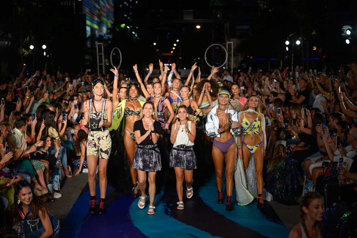 The finale of the Maaji Spring 2020 runway show during Paraiso at Miami Swim Week. Photo: Courtesy of Paraiso Miami Beach