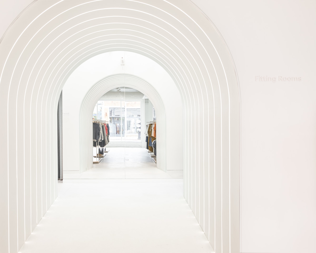 Inside Everlane Venice. Photo: Courtesy of Everlane