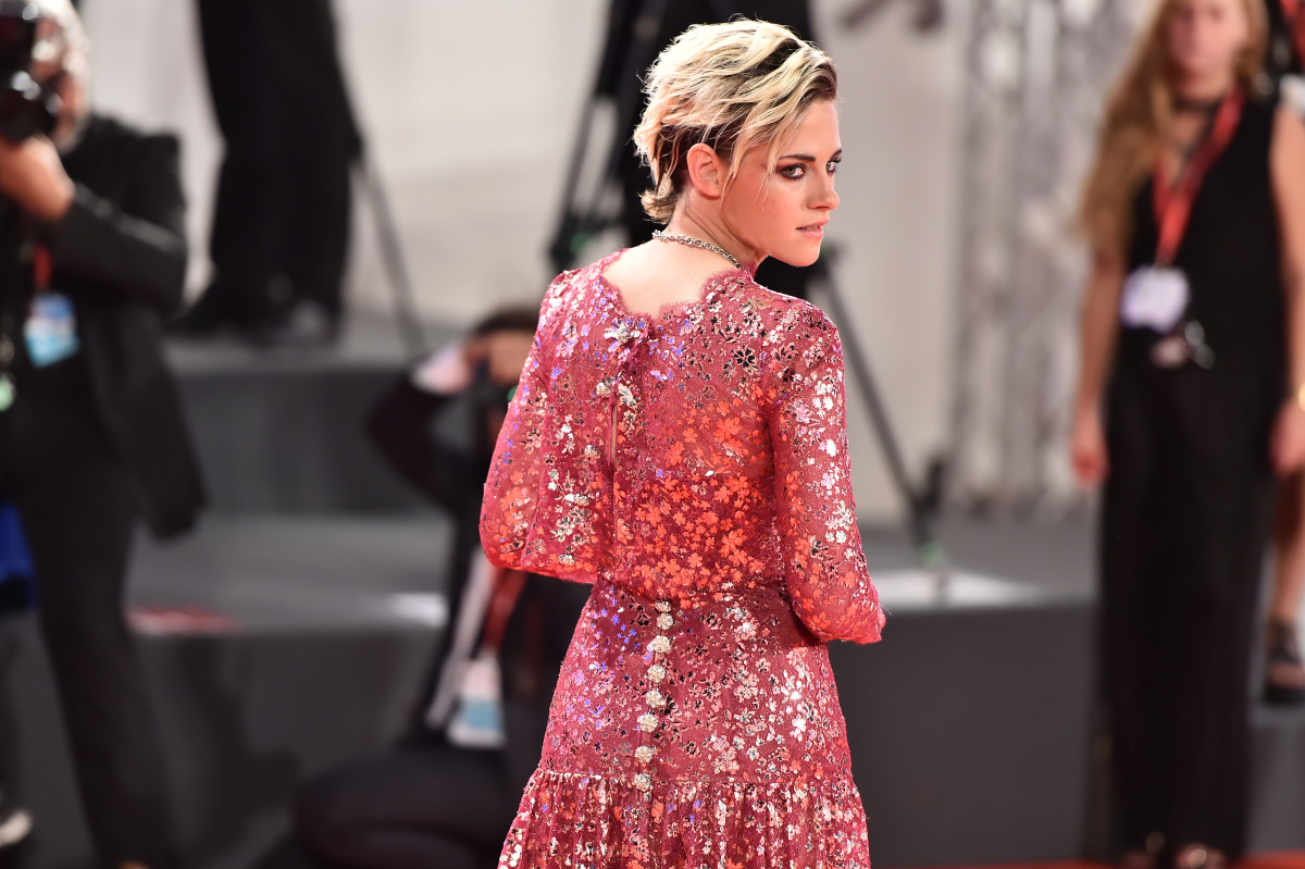 "Kristen Stewart in Chanel Haute Couture at the ""Seberg"" screening during the 2019 Venice Film Festival. Photo: Theo Wargo/Getty Images"