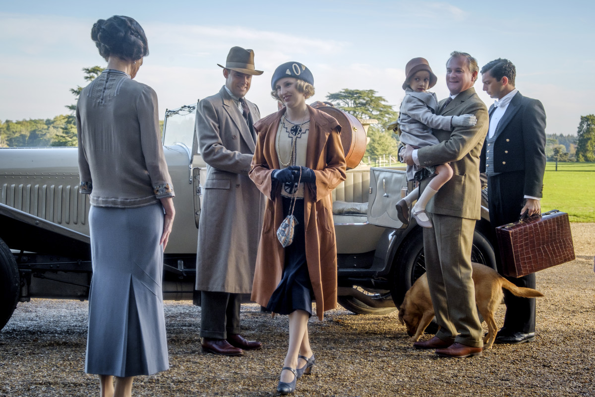 Cora (Elizabeth McGovern), Bertie Pelham (Henry Hadden-Paton), Lady Edith (Laura Carmichael), Marigold (Eva Samms), Robert Grantham (Hugh Bonneville) and Andy (Michael Fox). Photo: Jaap Buitendijk/Courtesy of Focus Features