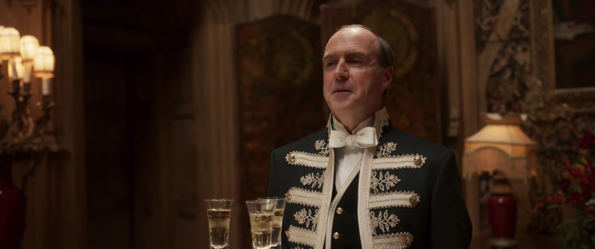 Molesley (Kevin Doyle) comes back from footman retirement. Photo: Screengrab/'Downton Abbey' trailer