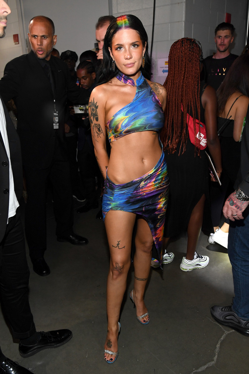 Halsey in Kim Shui at the 2019 MTV VMAs. Photo: Kevin Mazur/WireImage