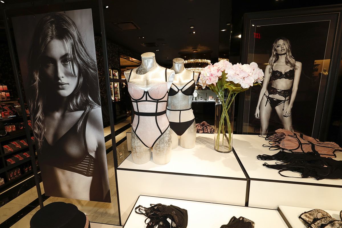 Photo: Bob Levey/Getty Images for Victoria's Secret