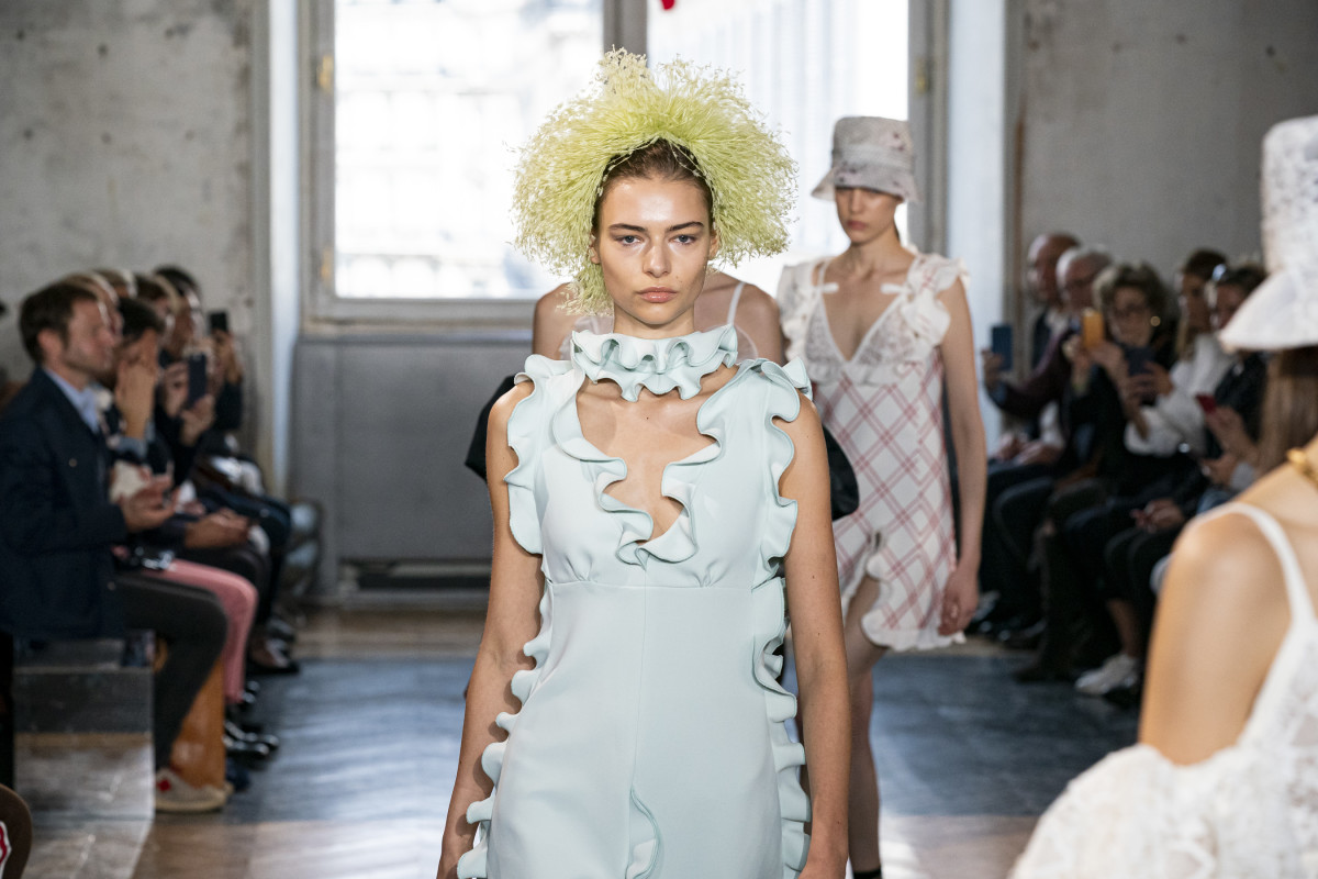 A look from the Giambattista Valli Spring 2020 collection. Photo: Imaxtree