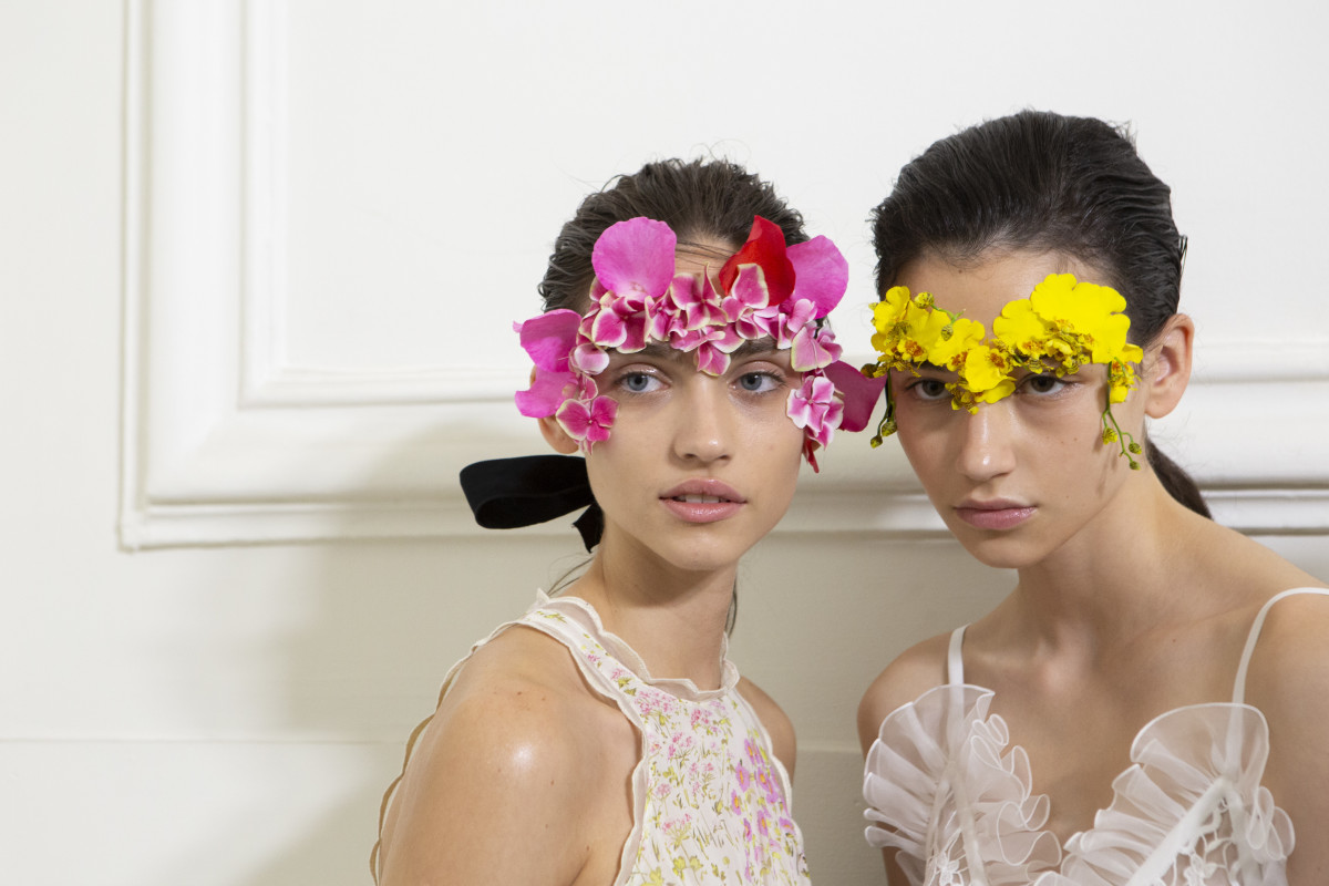 The beauty look from the Giambattista Valli Spring 2020 show. Photo: Imaxtree