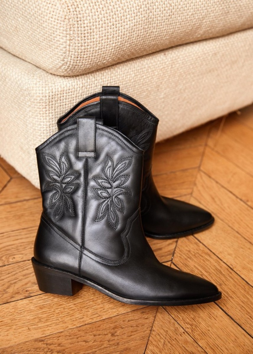 Sézane Penelope Boots, $275, available here.