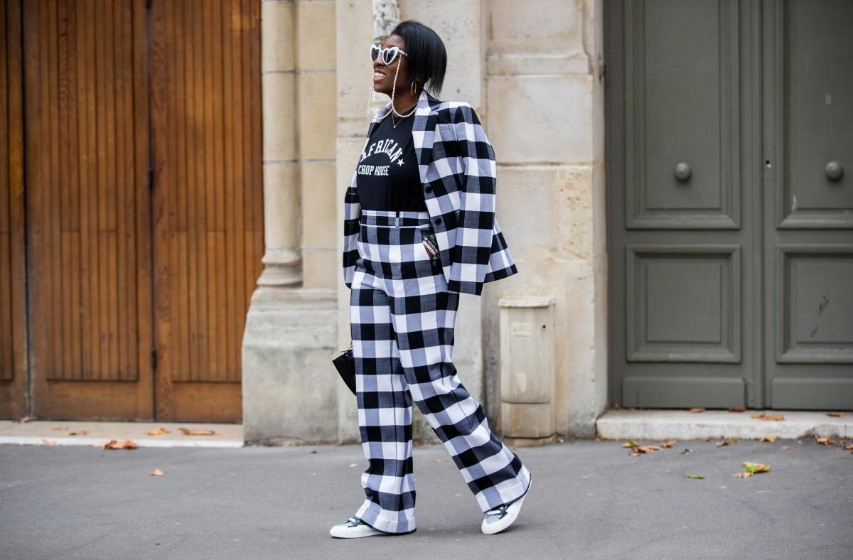 Nikki Ogunnaike on the street at Paris Fashion Week Womenswear Spring 2020.