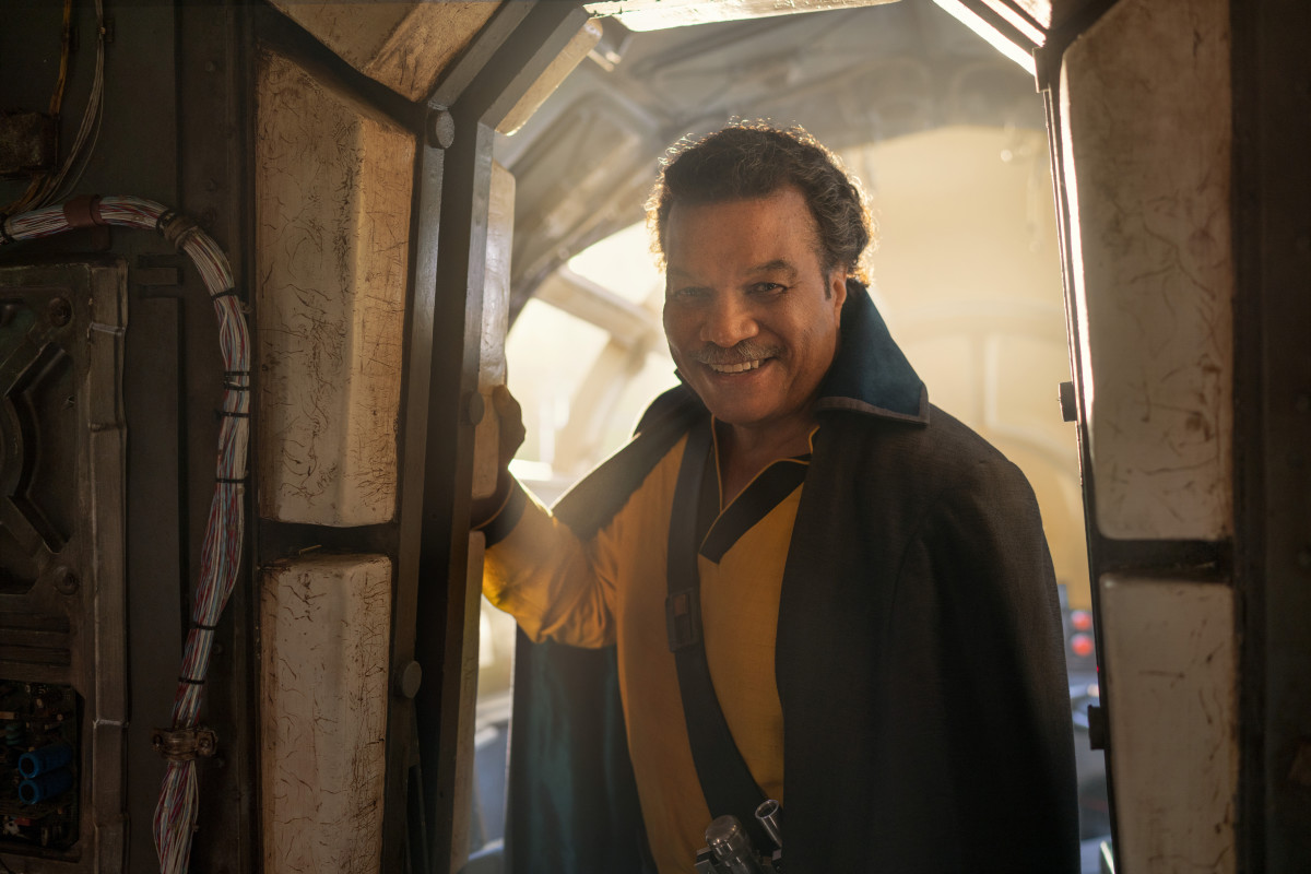 """How you doin', ya old pirate?"" Lando Calrissian (Billy Dee Williams) returns."