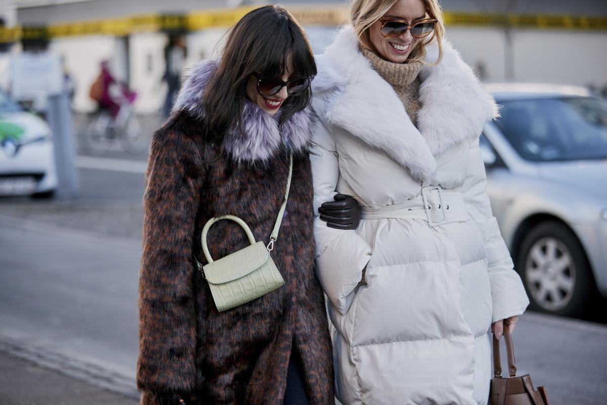 online-sales-statement-coats