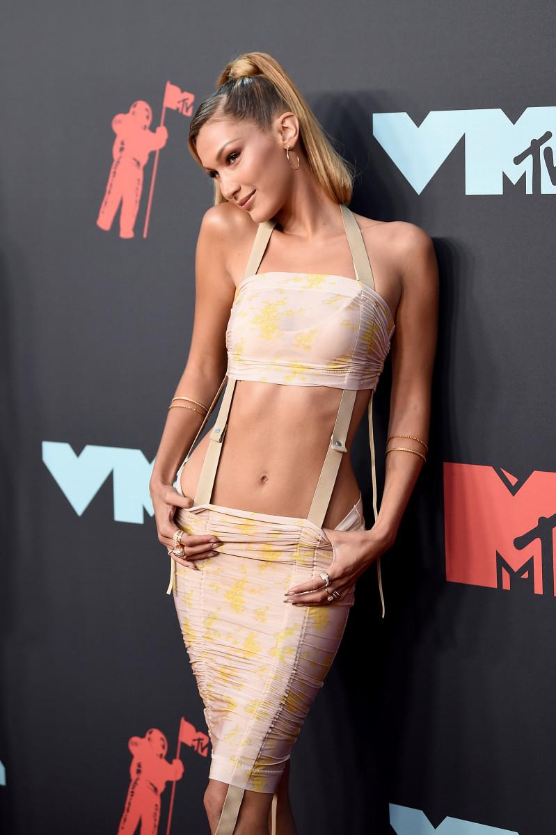 Bella Hadid in Charlotte Knowles at the 2019 MTV VMAs.