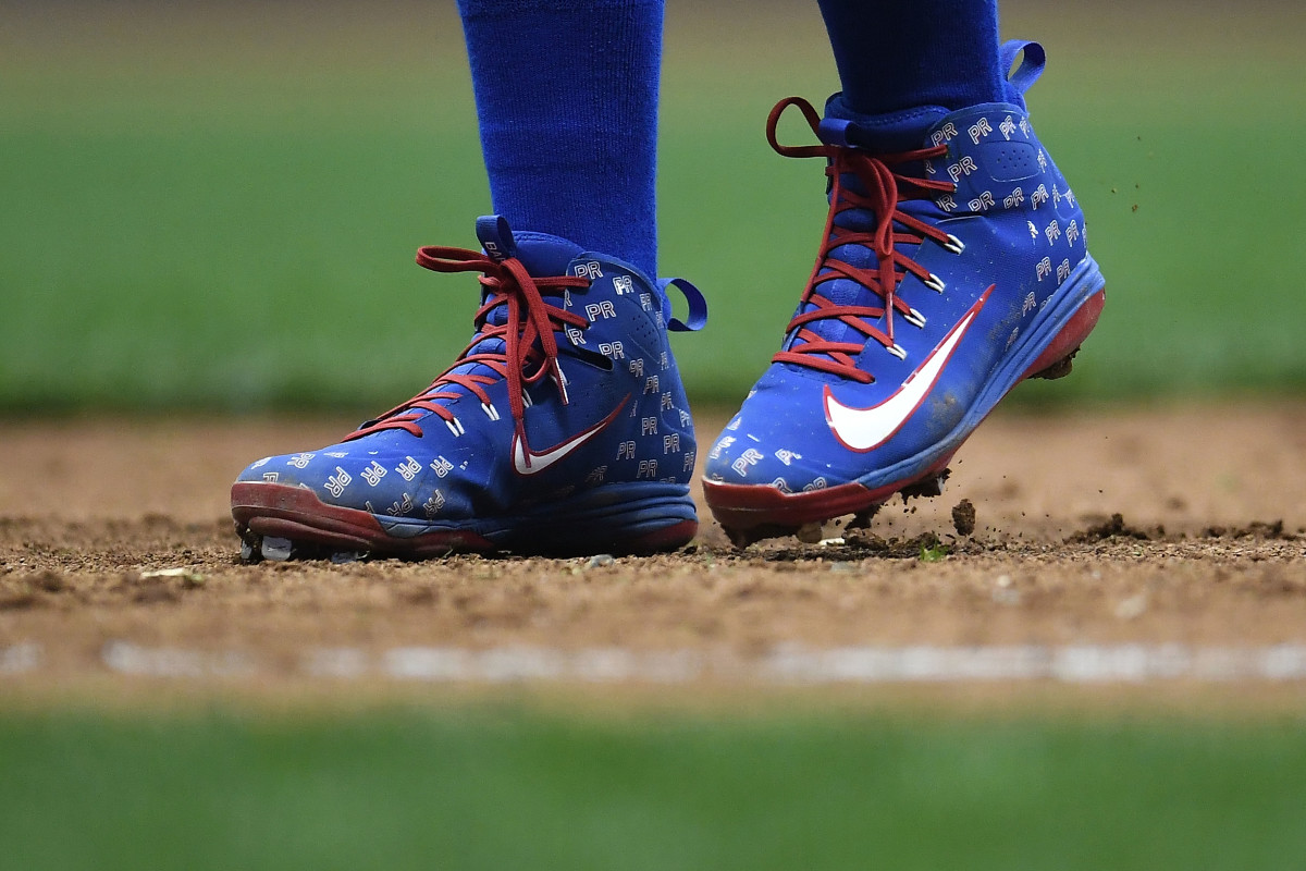 Javier Baez, #9 of the Chicago Cubs, in a pair of custom Nike cleats paying tribute to Puerto Rico. Photo: Stacy Revere/Getty Images