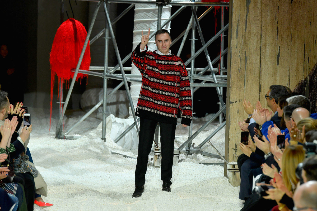 Raf Simons takes a bow at Calvin Klein's Fall 2018 runway show. Photo: Slaven Vlasic/Getty Images