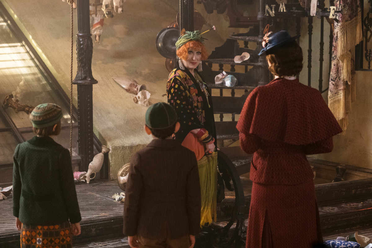 Topsy (Meryl Streep) chats with Mary and the kids. Photo:Jay Maidment/Courtesy of Disney