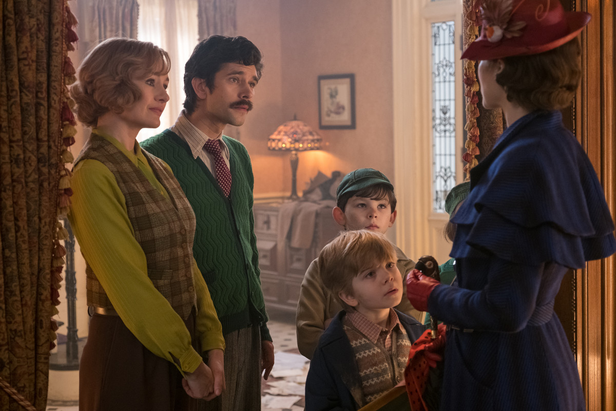 Jane (Emily Mortimer), Michael (Ben Whishaw), Georgie, John and Mary. Photo:Jay Maidment/Courtesy of Disney Enterprises