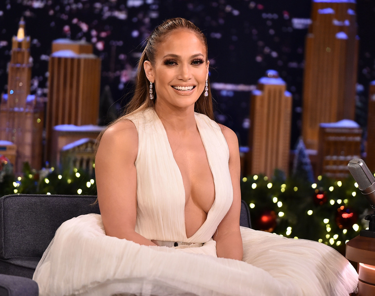 Jennifer Lopez in Saiid Kobeisy on 'The Tonight Show Starring Jimmy Fallon.' Photo: Theo Wargo/Getty Images