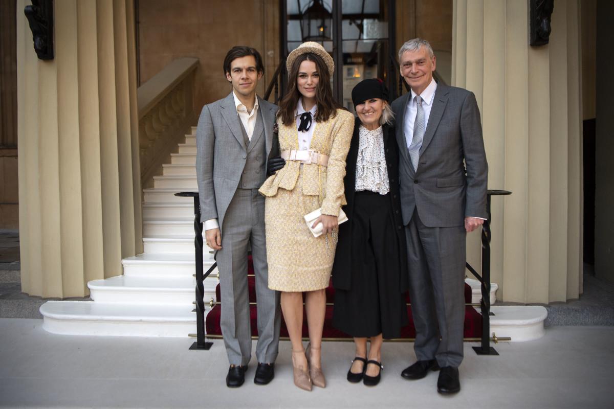 Family photo! Photo: Victoria Jones/WPA Pool/Getty Images