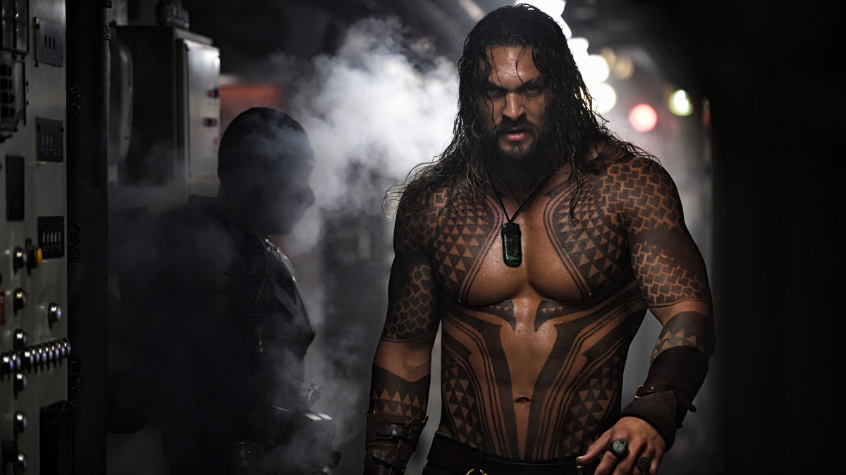 How Costume Helped Jason Momoa Become An Exceptionally Badass New