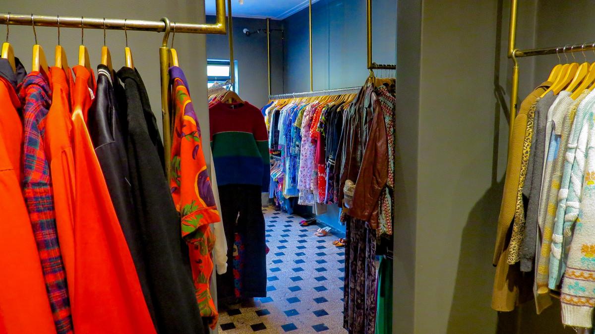 Inside Singular Vintage. Photo: Molly McLaughlin