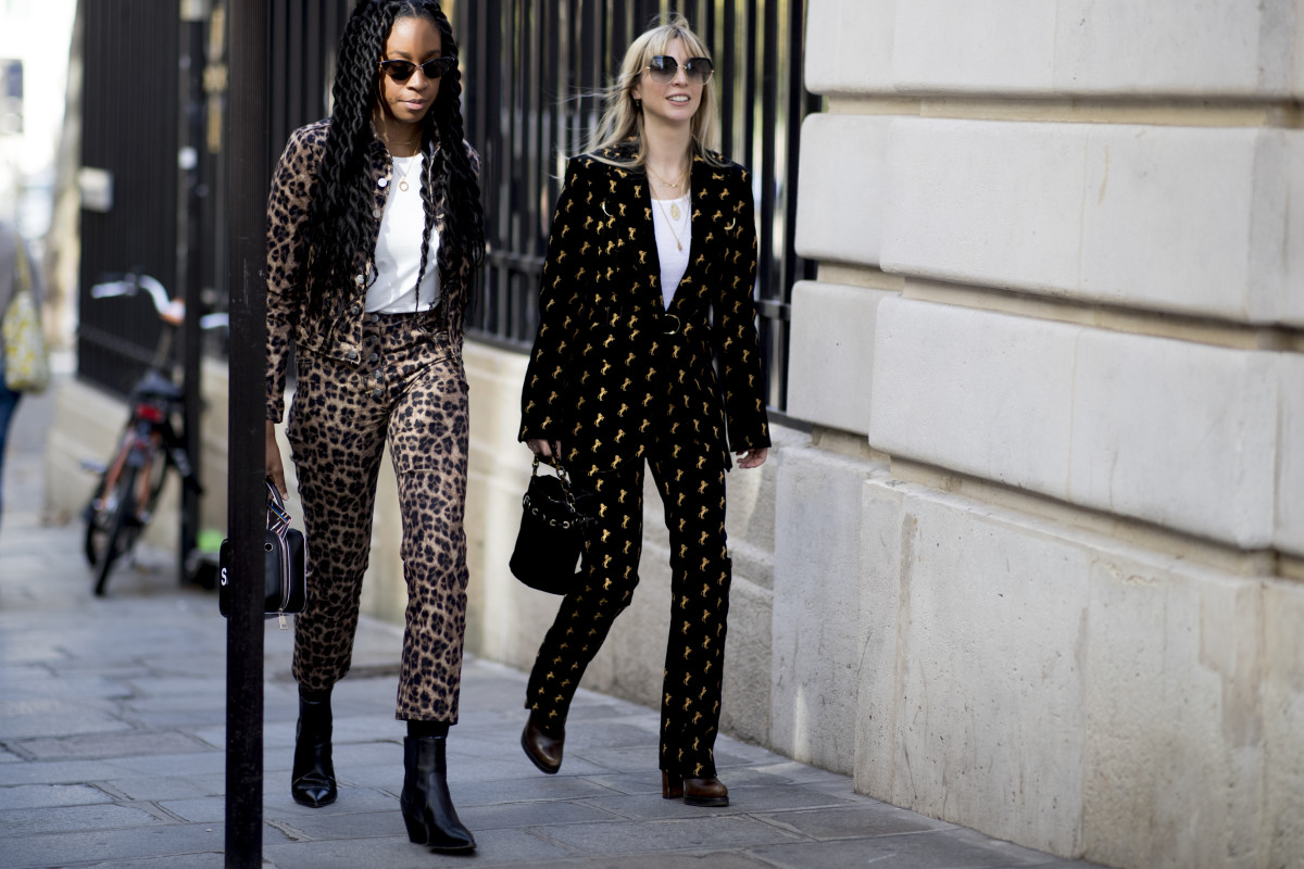 'Harper's Bazaar' editors Chrissy Rutherford and Kerry Pieri at Paris Fashion Week. Photo: Imaxtree
