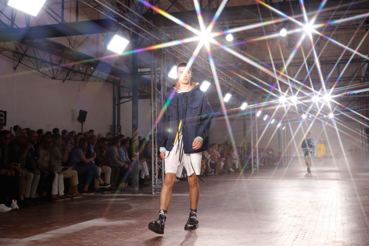 Watch the N°21 Runway Show Live