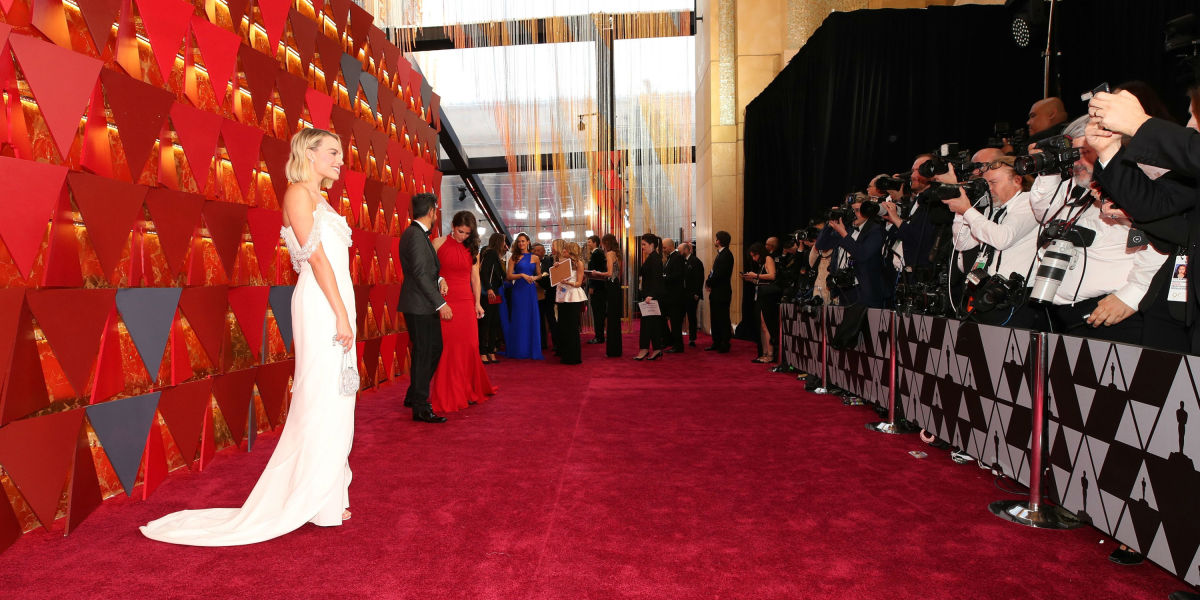 How The Wall Group Keeps Hollywood Red-Carpet Ready During Awards Season -  Fashionista