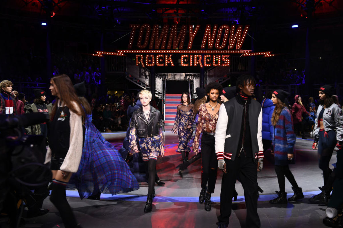 86a6c9ecd Watch the Tommy Hilfiger x Zendaya Runway Show Live - Fashionista
