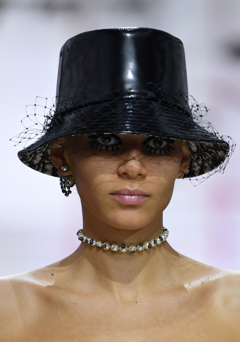 17292d189c5f1 Dior Shows Its Own Version of Hat Hair and Doll Lashes for Fall 2019 ...