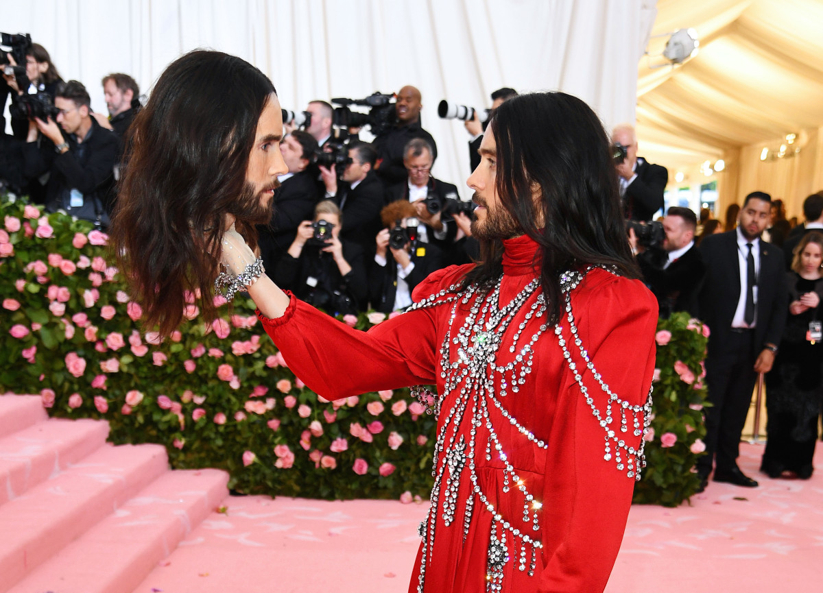 1908779985b1f5 Jared Leto Carried a Personalized Dismembered Gucci Head to the Met Gala -  Fashionista