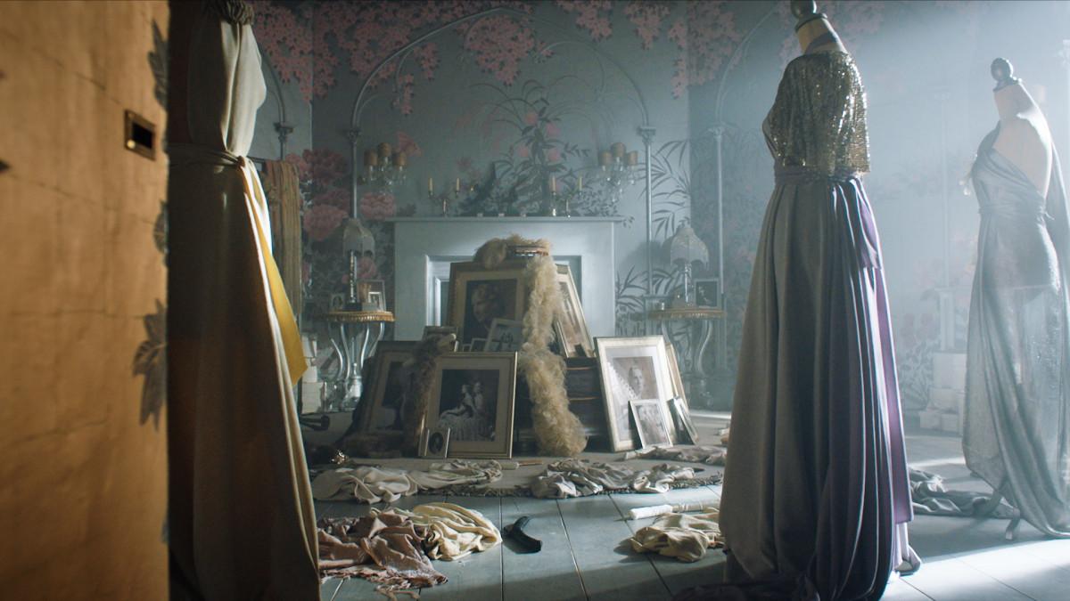 Grace's dressing room.