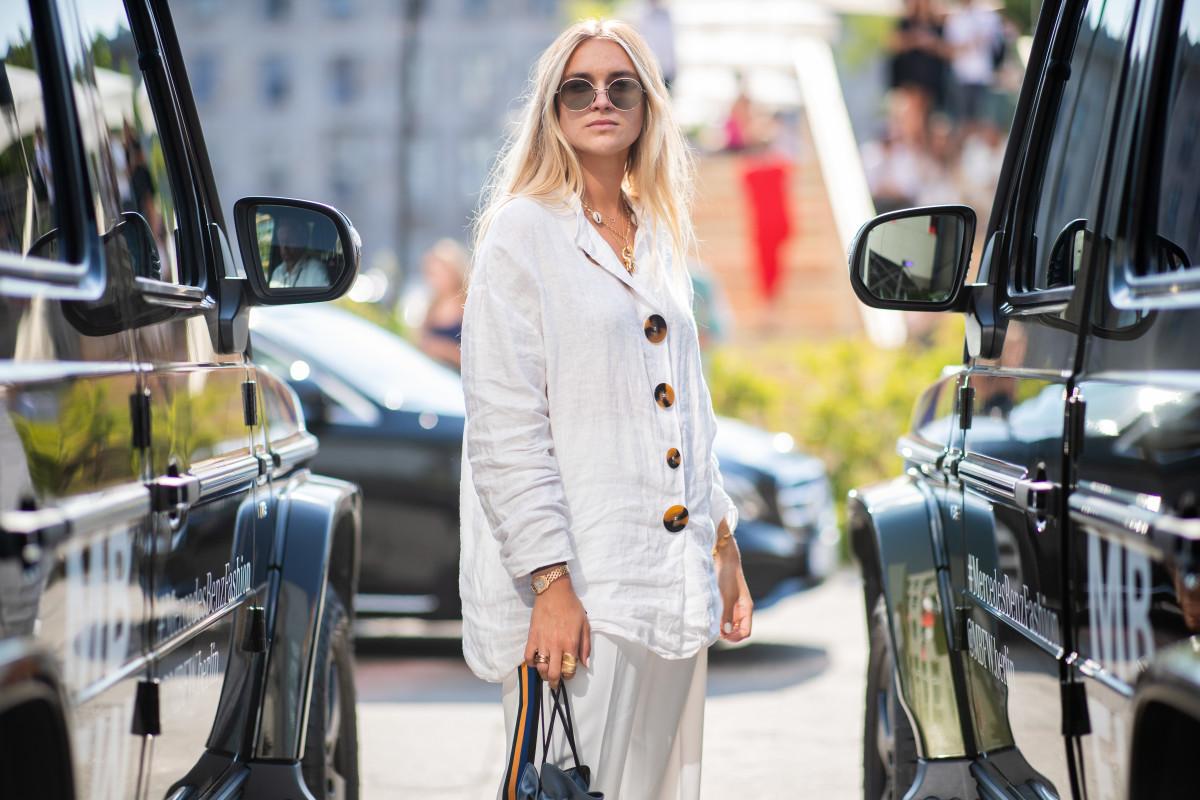 Berlin Fashion Week Spring 20219 Linen Top Street Style