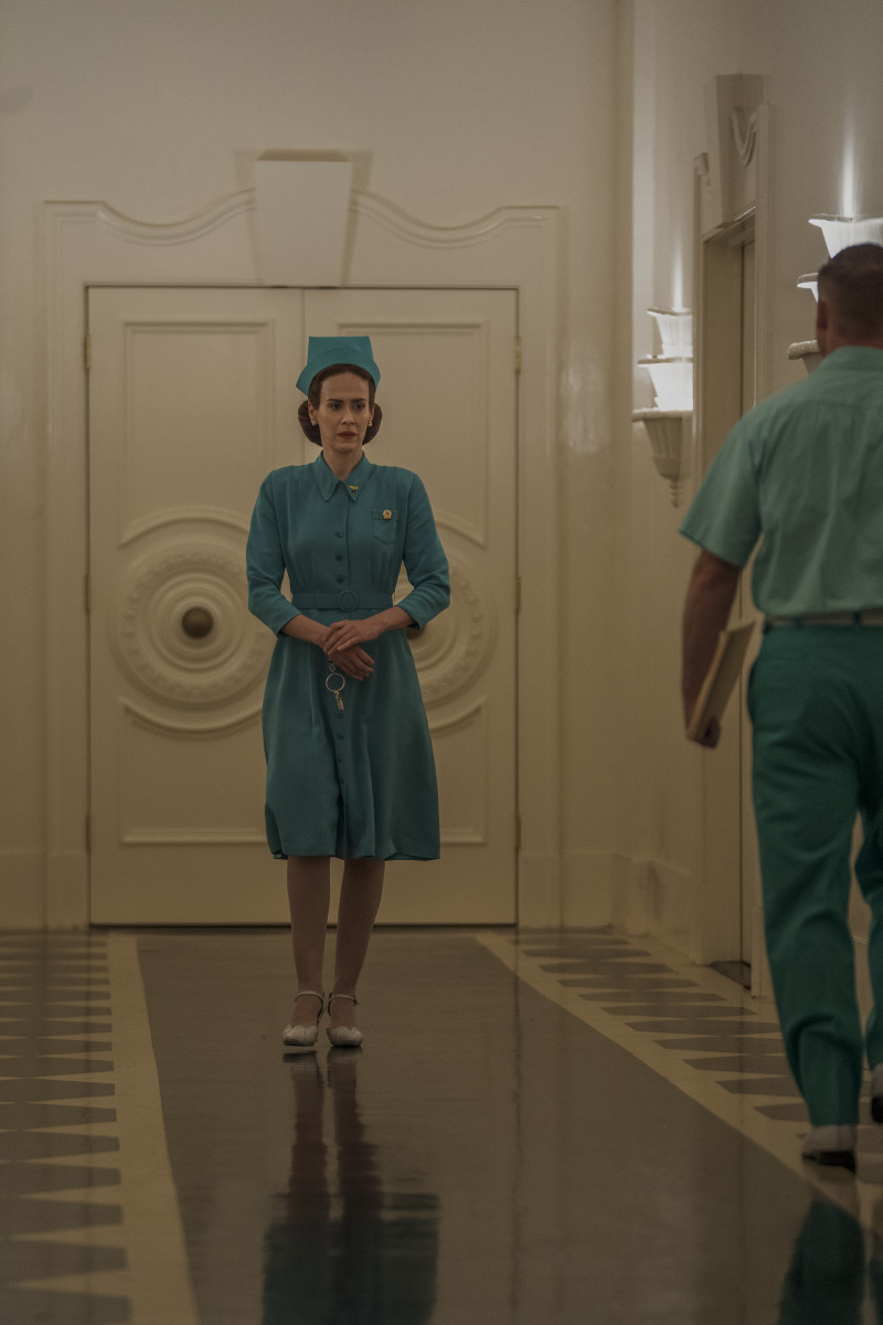 Nurse Mildred (Sarah Paulson) makes her rounds.