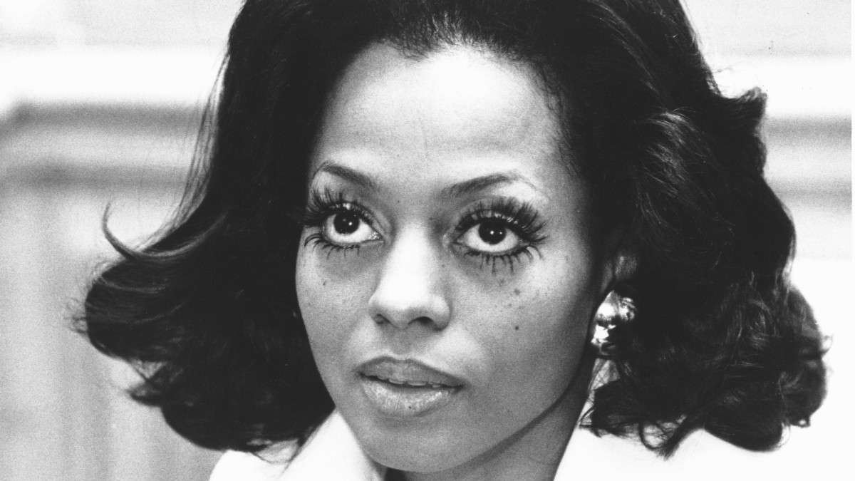 Wonderful Outfits in Fashion Background (Magnificence Version): Diana Ross's Mega Lashes