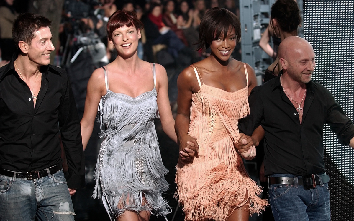 Domenico Dolce, model Linda Evangelista, model Naomi Campbell, and Stefano Gabbana 2003
