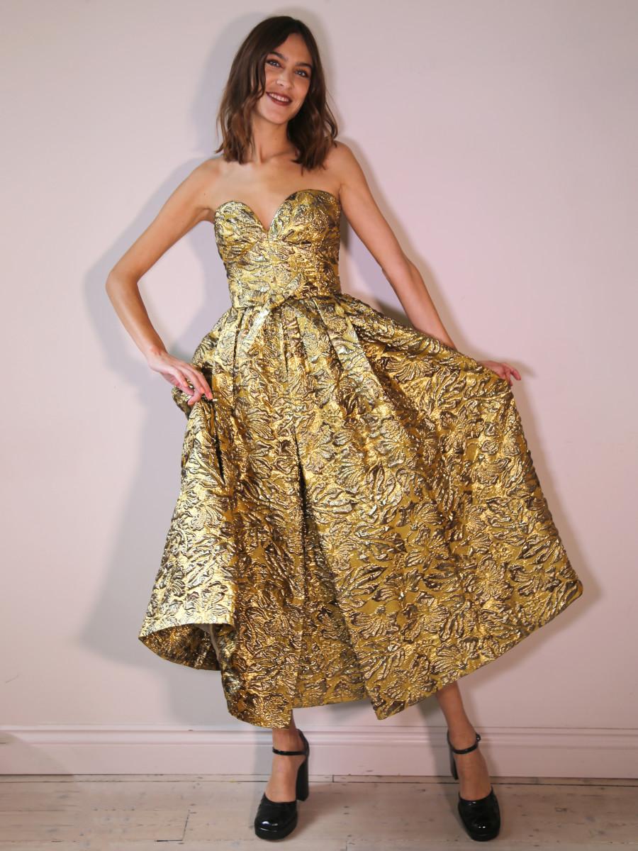Alexa Chung making a digital appearance at the Green Carpet Fashion Awards.