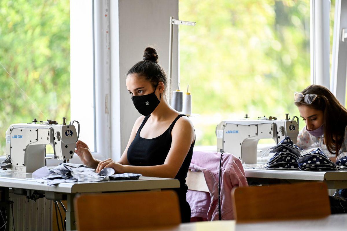 fashion students covid
