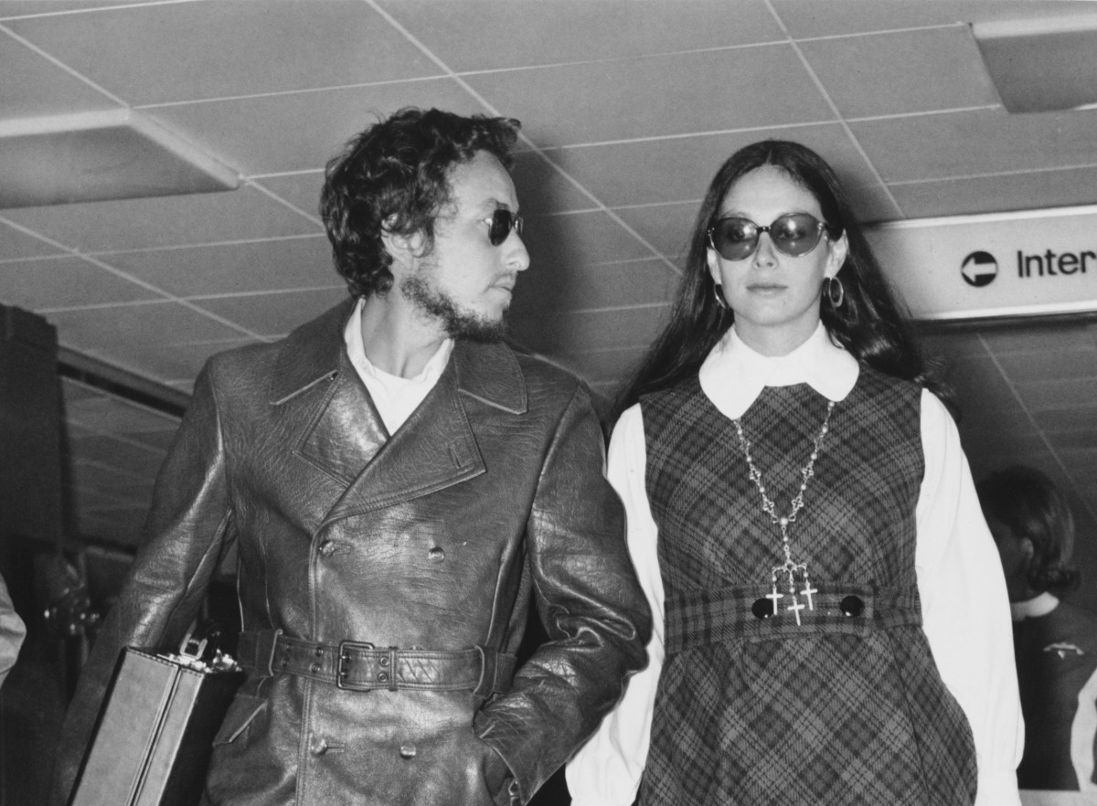 Great Outfits in Fashion History: Bob Dylan and Sara Lownds in 1969