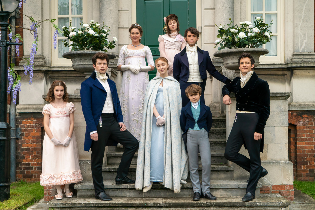 The Bridgerton family in their posh pastels: Hyacinth (Florence Hunt), Colin, Lady Violet Bridgerton (Ruth Gemmell), Daphne (Phoebe Dynevor), Eloise (Claudia Jessie), Anthony (Jonathan Bailey) and Gregory (Will Tilston) and Benedict (Luke Thompson).