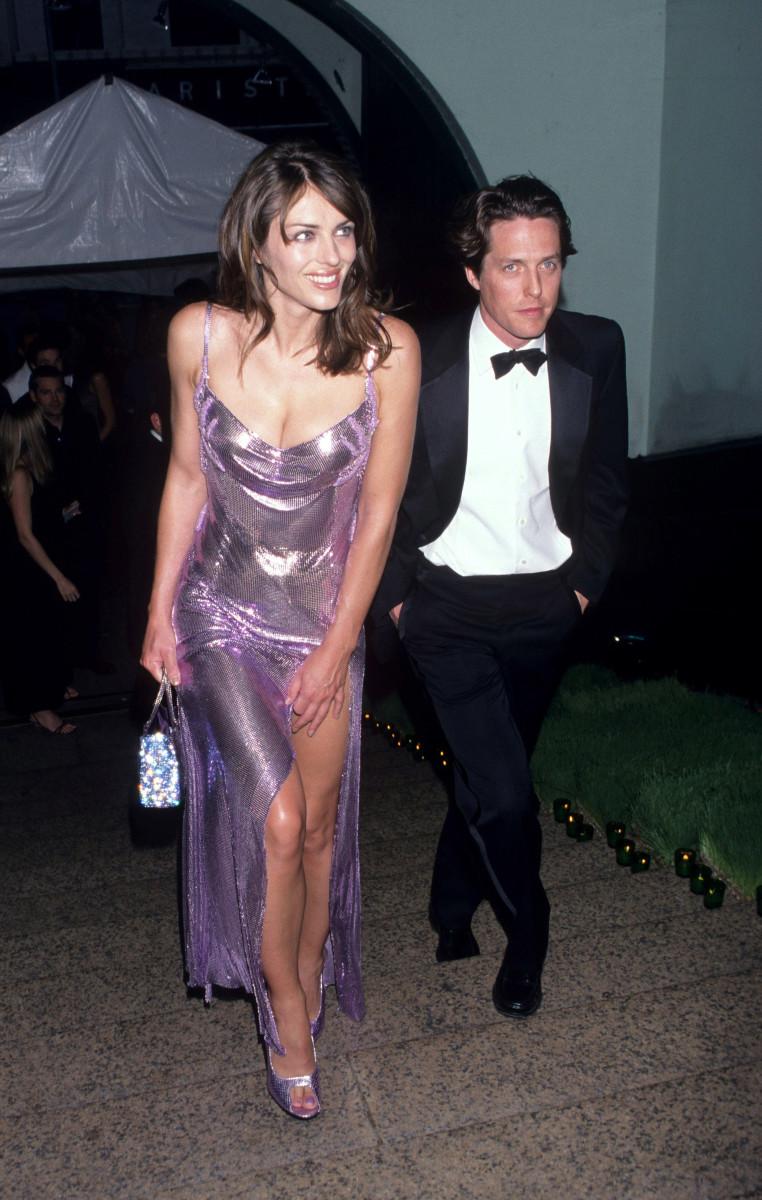 elizabeth hurley versace 1999