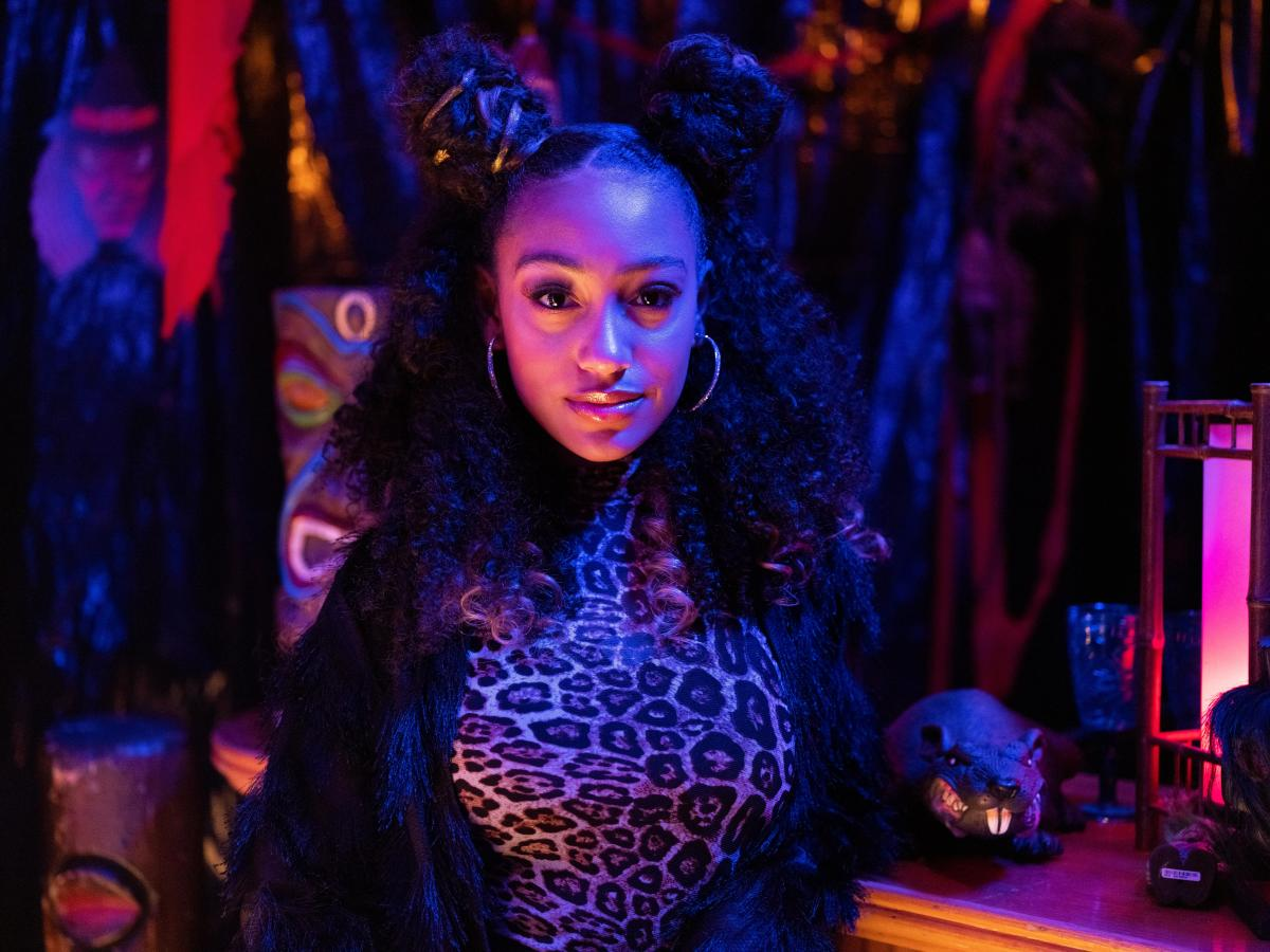 Underwood as Pearl in costume as Scary Spice in 'Little Fires Everywhere.'