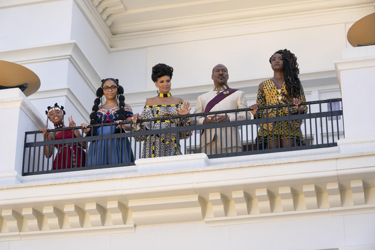 Tinashe (Akiley Love), Omma (Bella Murphy), Lisa, Akeem and Meeka (Kiki Layne).