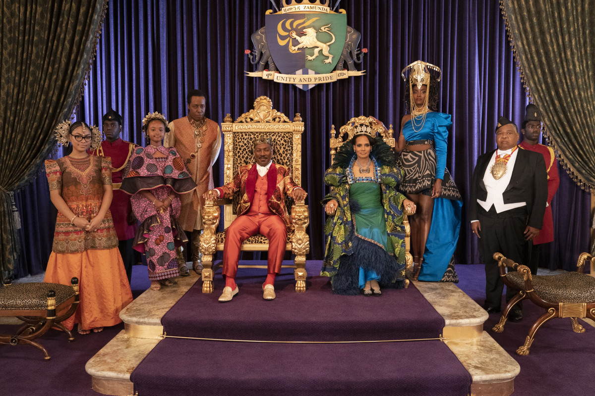 The Royal Court (L–R): Omma (Bella Murphy), Tinashe (Akiley Love), Semmi (Arsenio Hall), King Akeem (Eddie Murphy), Queen Lisa (Shari Headley), Meeka (Kiki Layne).