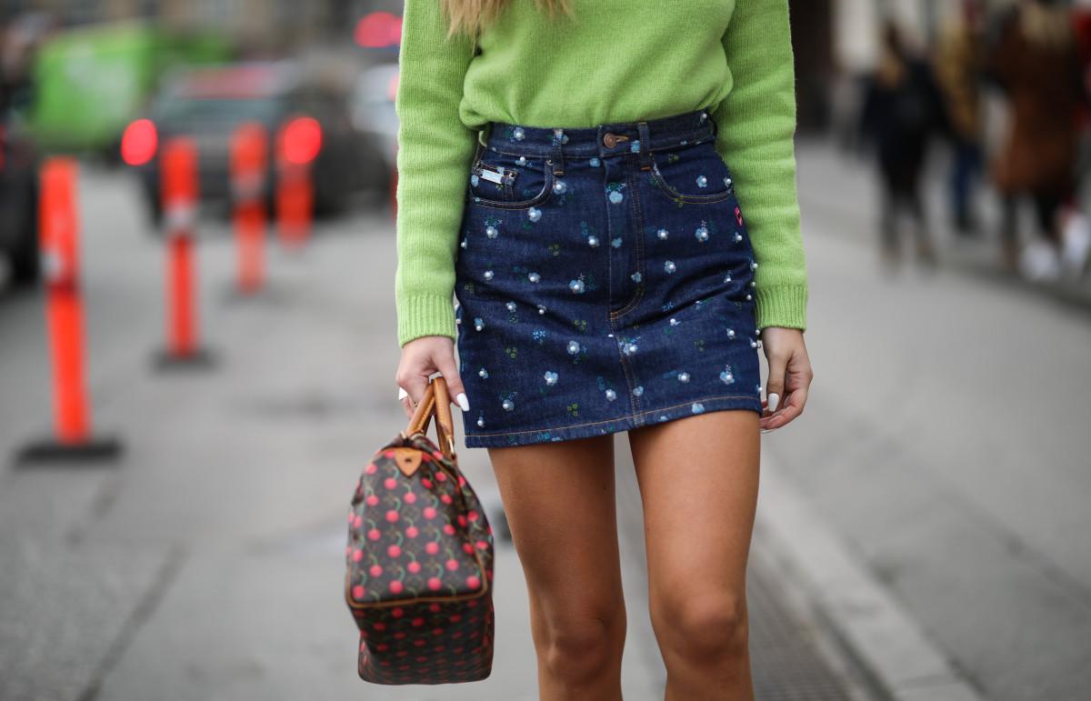 online-sales-march-12-mini-skirts