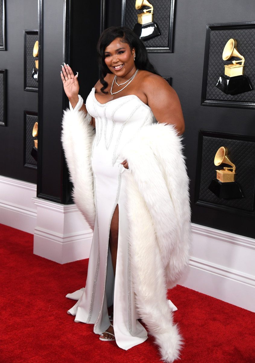 every look from the 2020 grammys red carpet fashionista look from the 2020 grammys red carpet