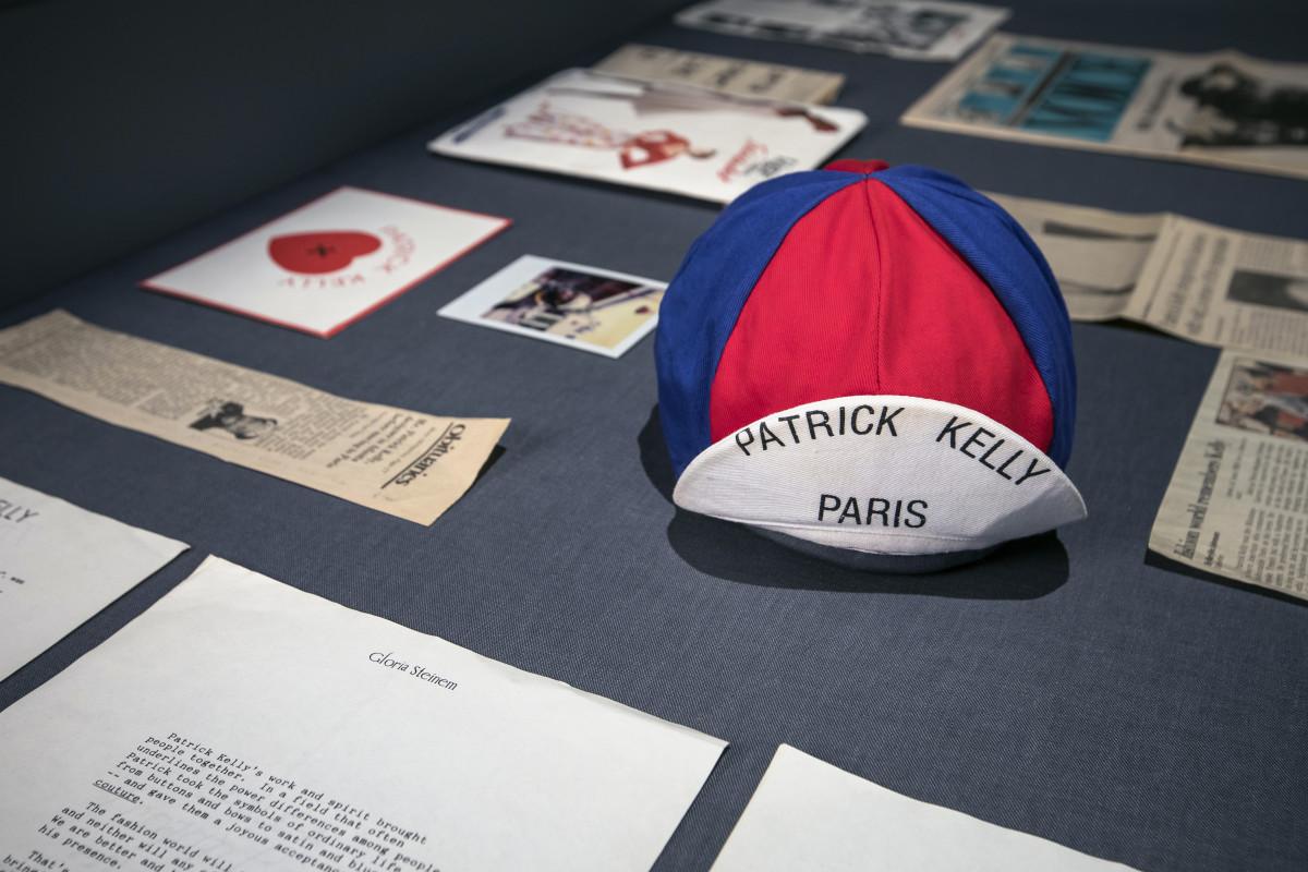 Kelly's iconic cap.