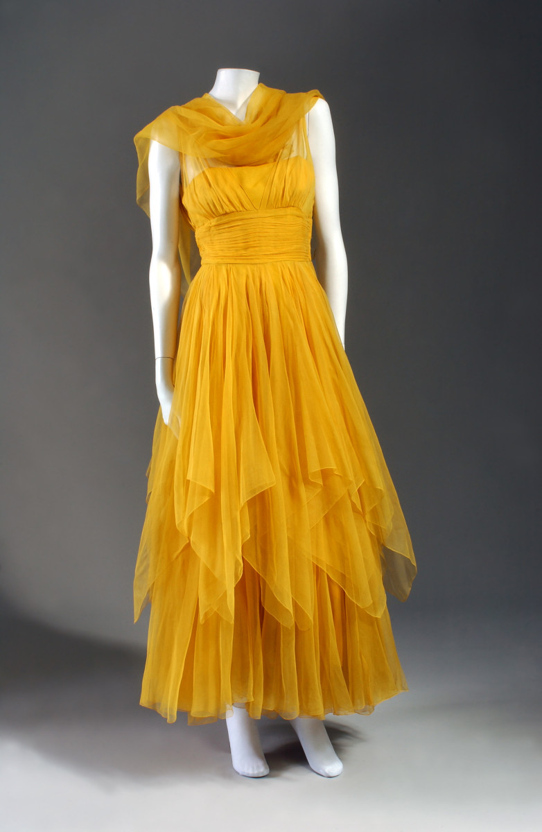 A Traina-Norell gown, shown as part of the exhibit.