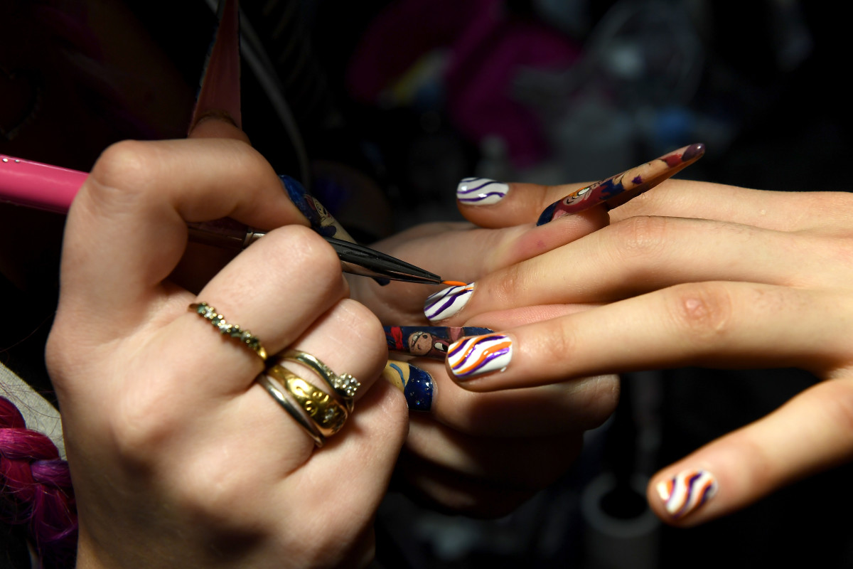 nail art backstage