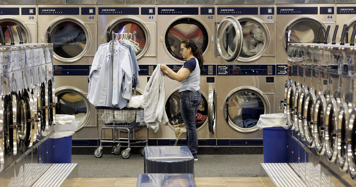 Using A Laundromat Or Shared Laundry Room Here S How To