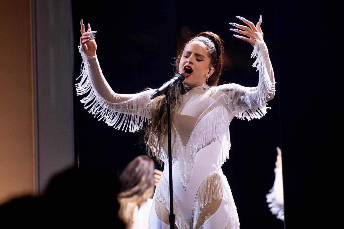 Rosalía performing in custom Mugler at the 2020 Grammy Awards.
